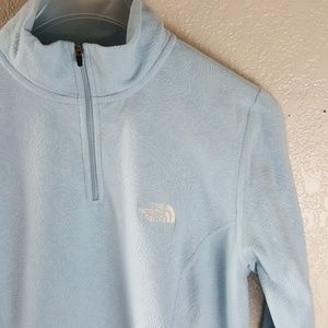 The North face Light blue paisley pull over top